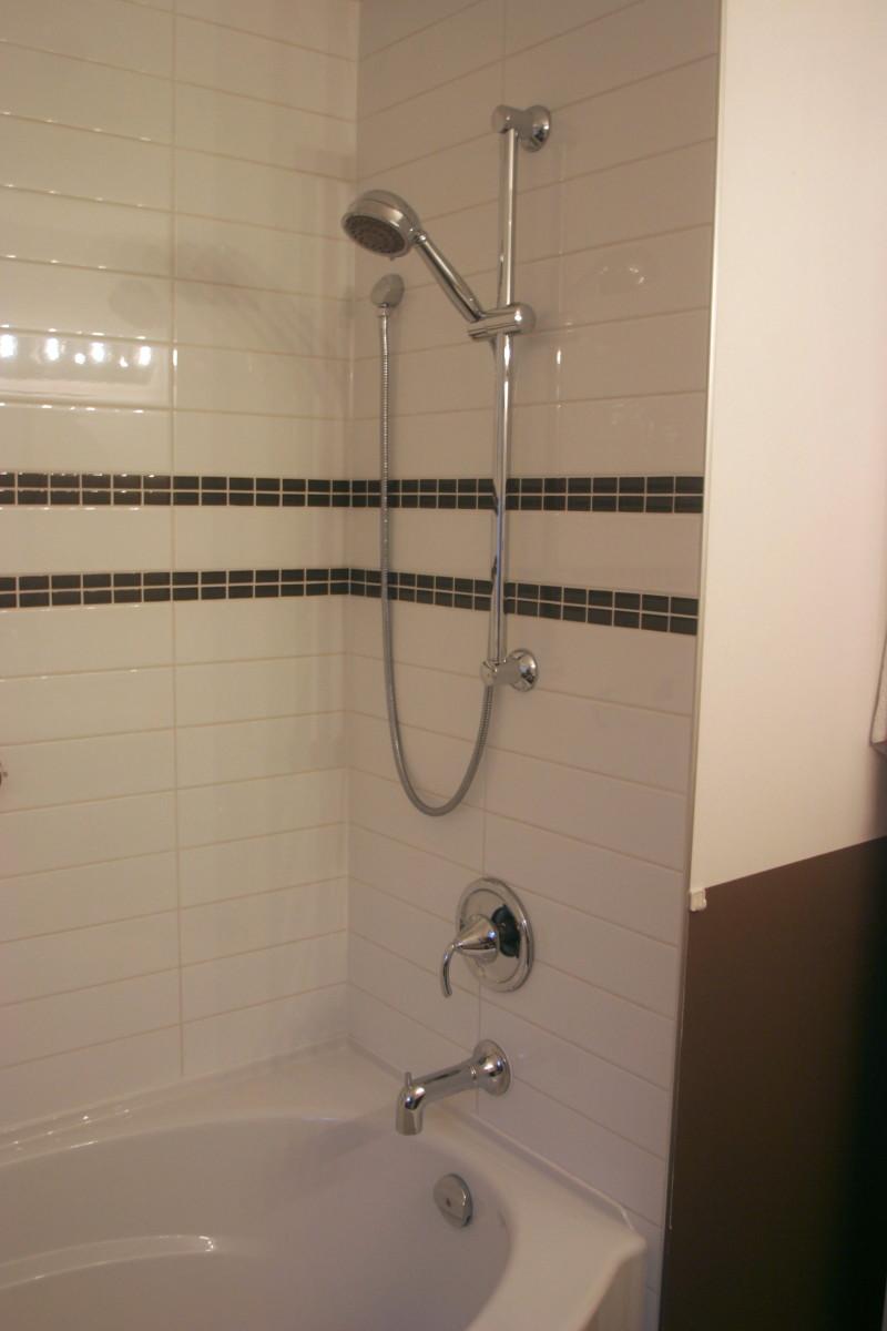 Bathroom Renovation Contractor: SKG -SKG RENOVATIONS
