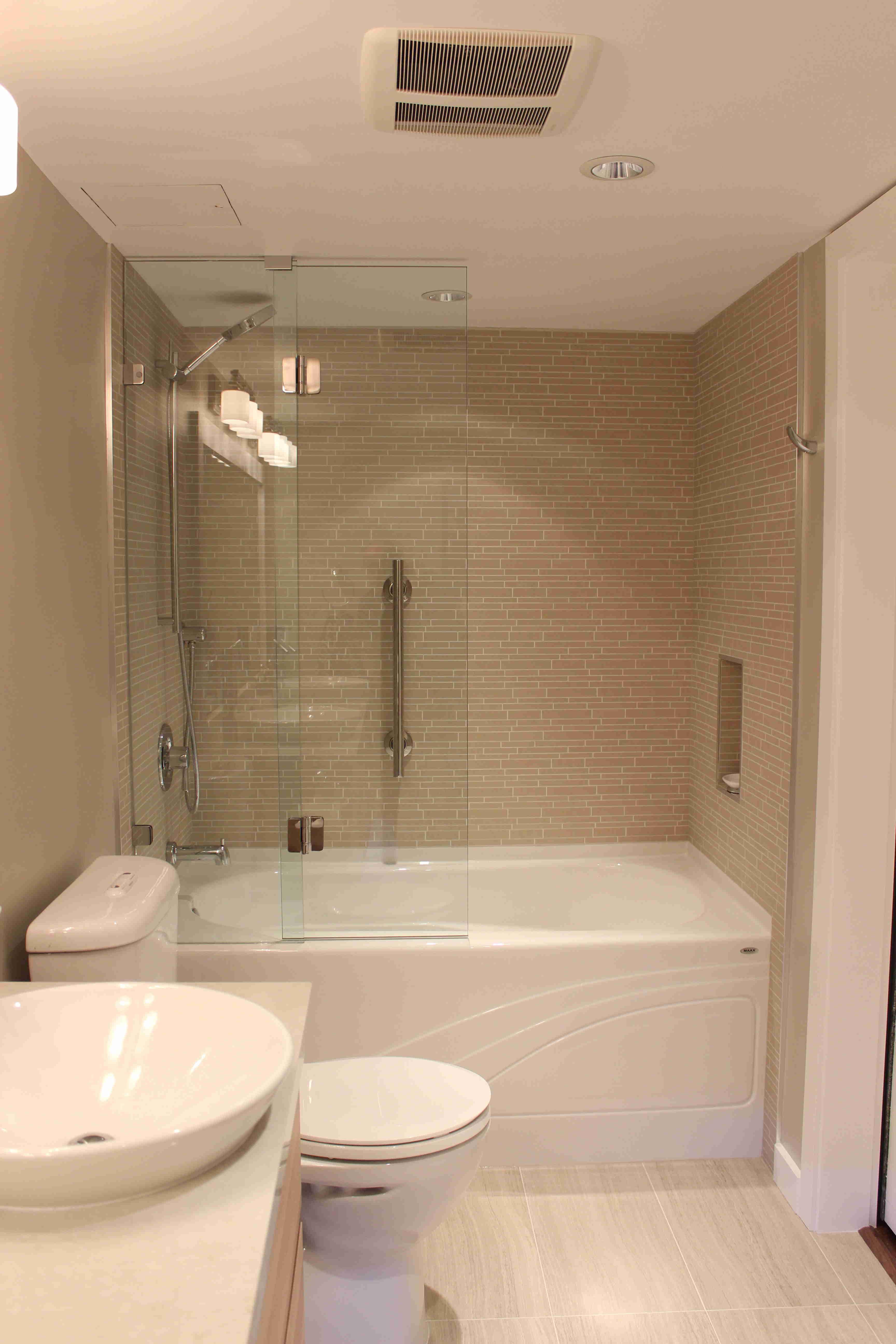 master bathroom remodel, tub alcove right