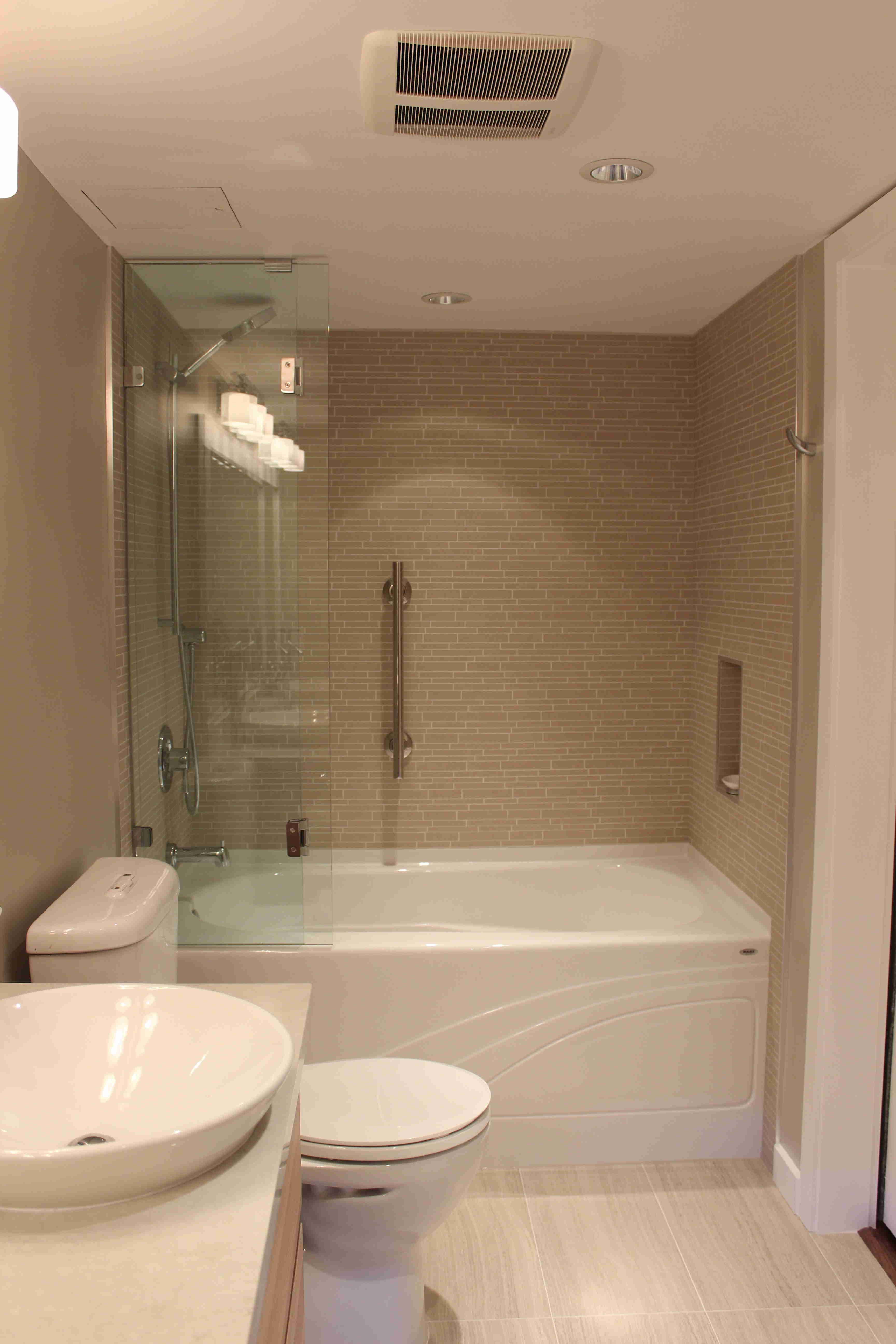 master bathroom remodel, tub glass open