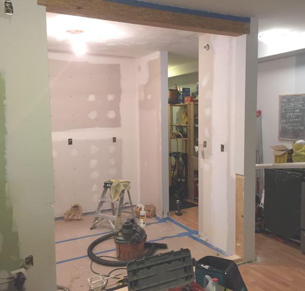 kitchen upgrade - Verchoor-kitchen-before-scaled-to-500W-jpg-80