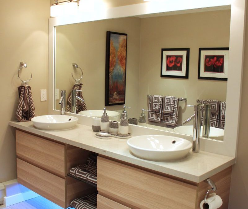 Master bathroom remodel: A contemporary & efficient design
